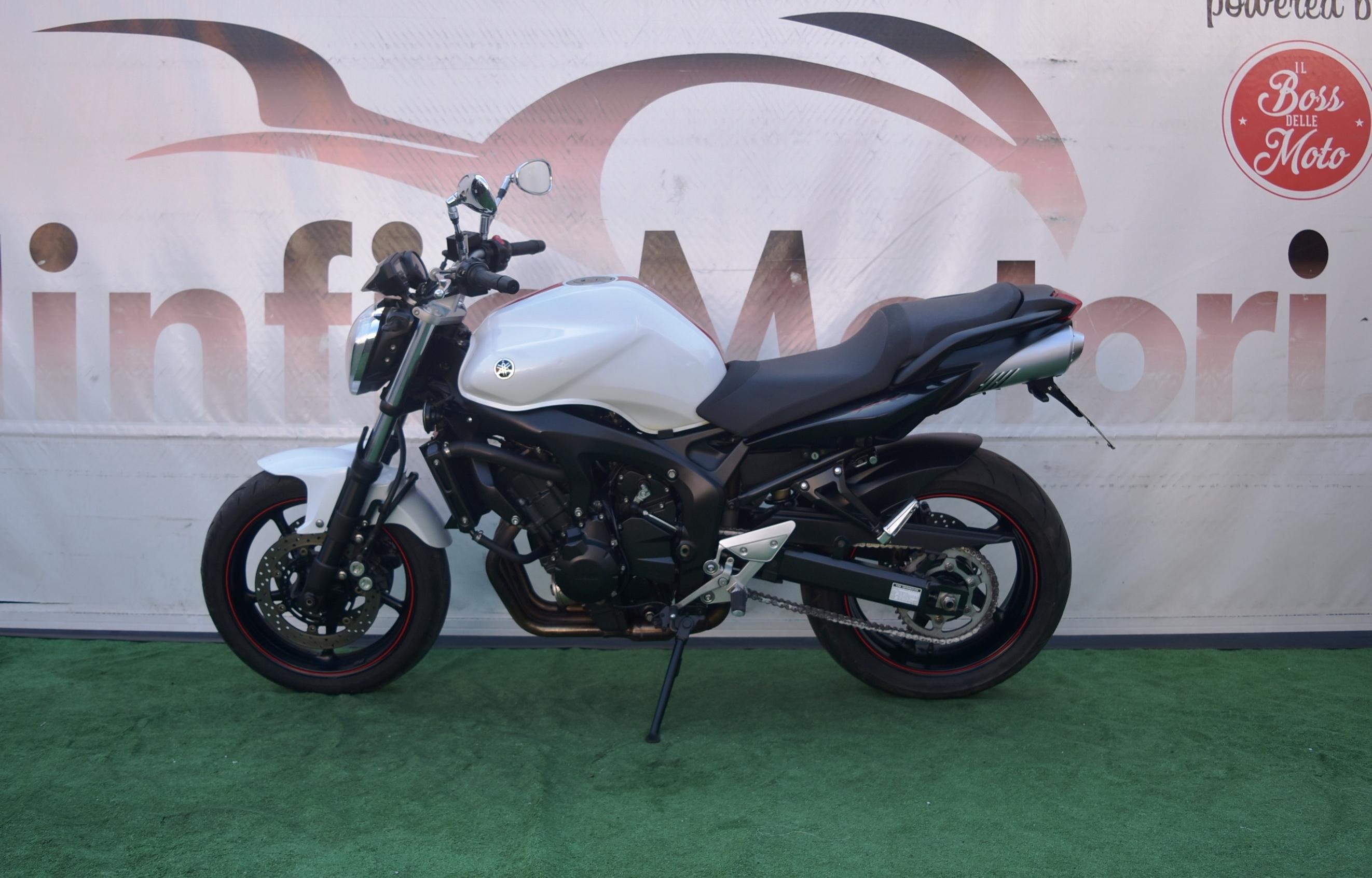 YAMAHA FZ6 S2- 2008