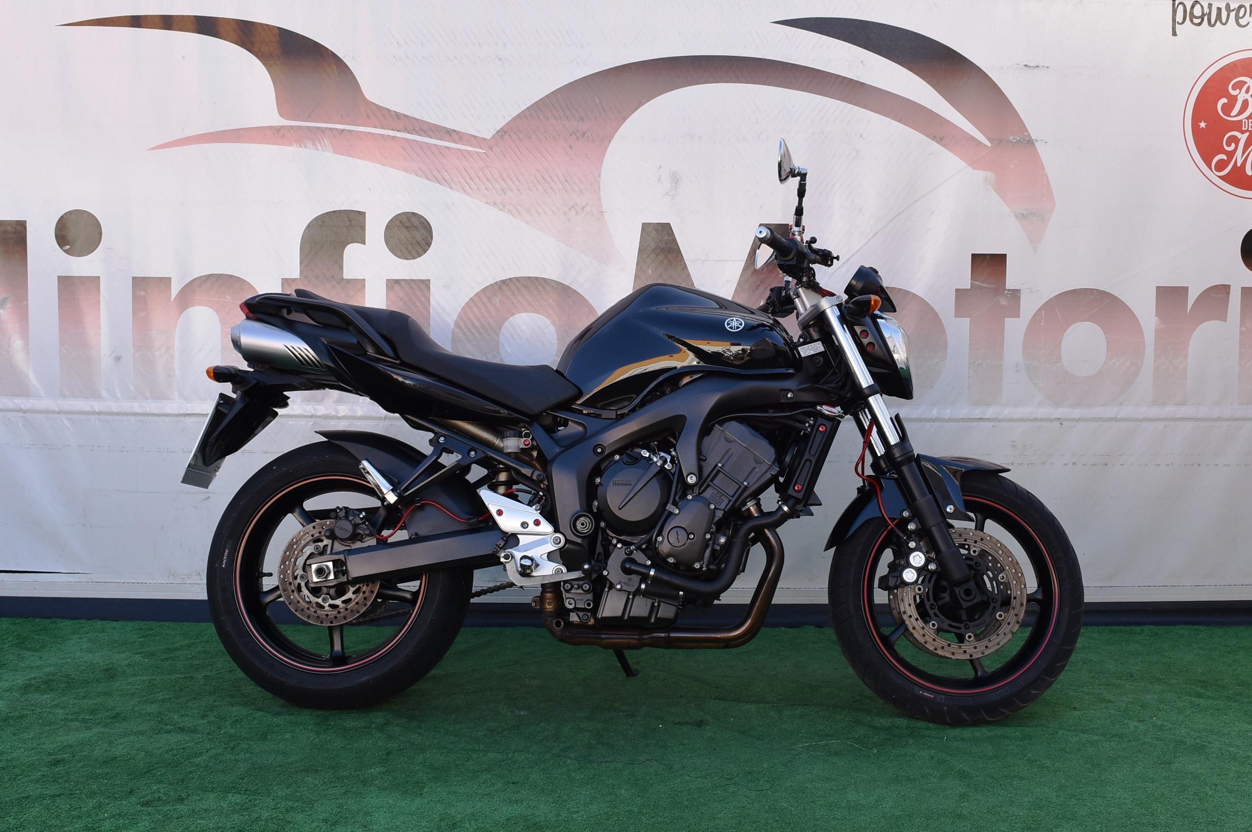 YAMAHA FZ6 S2 – 2009