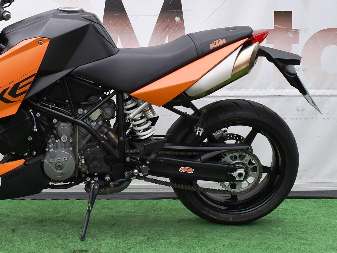 KTM 990 SUPER DUKE – 2011