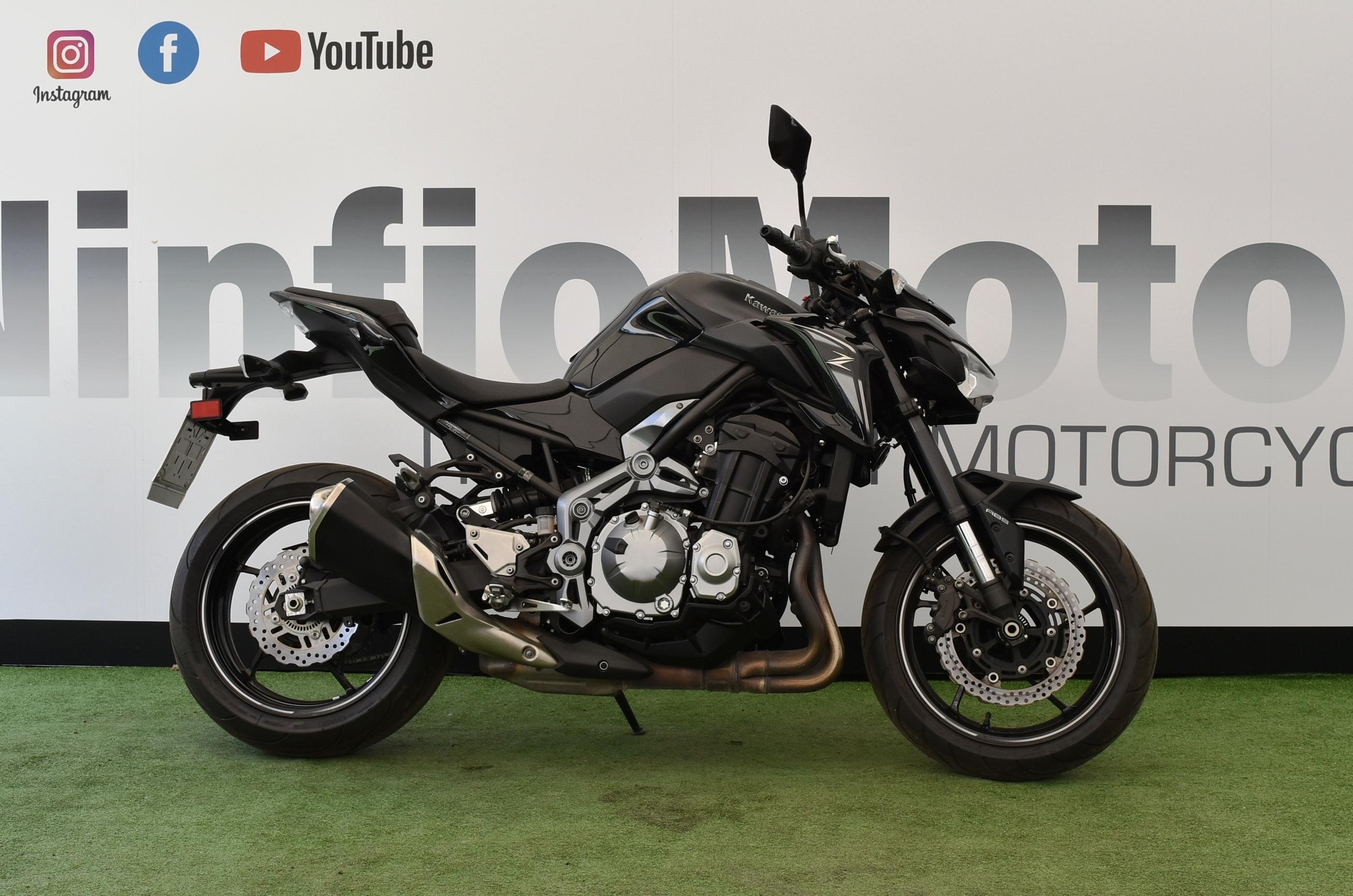 Kawasaki Z 900 – 2017 BLACK