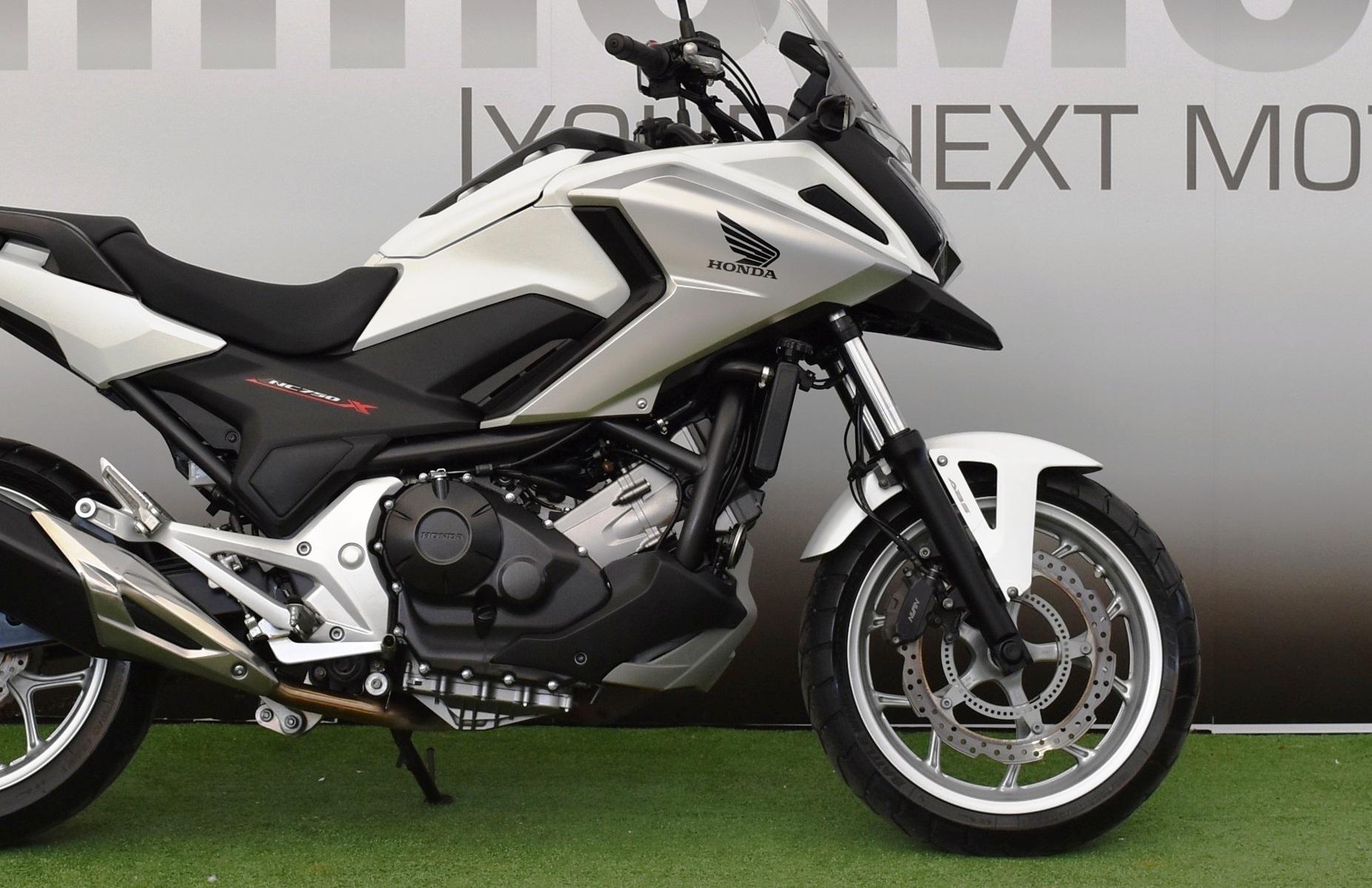 HONDA NC 750 X ABS – 2017 BIANCA
