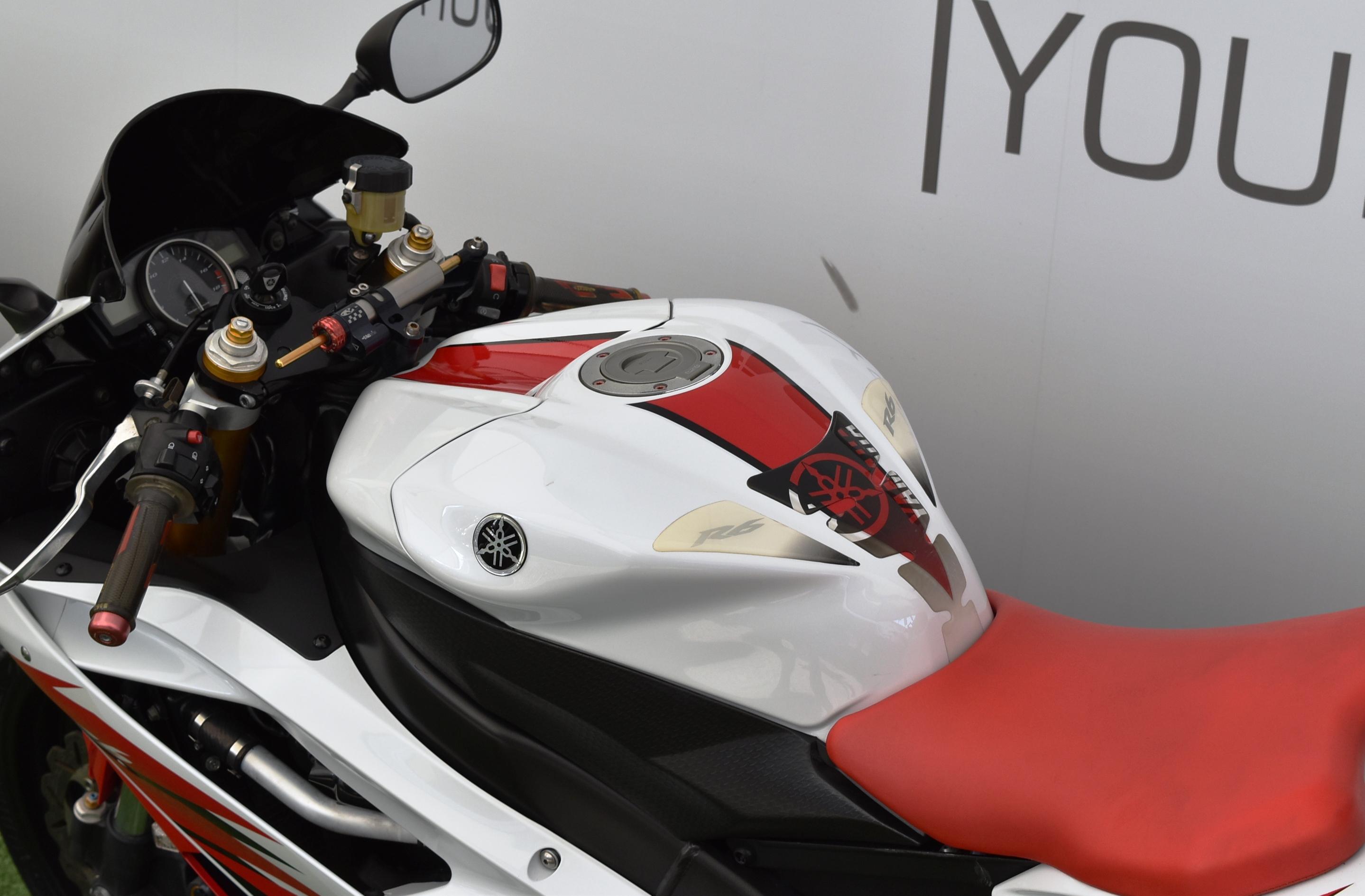 YAMAHA R6 – 2006