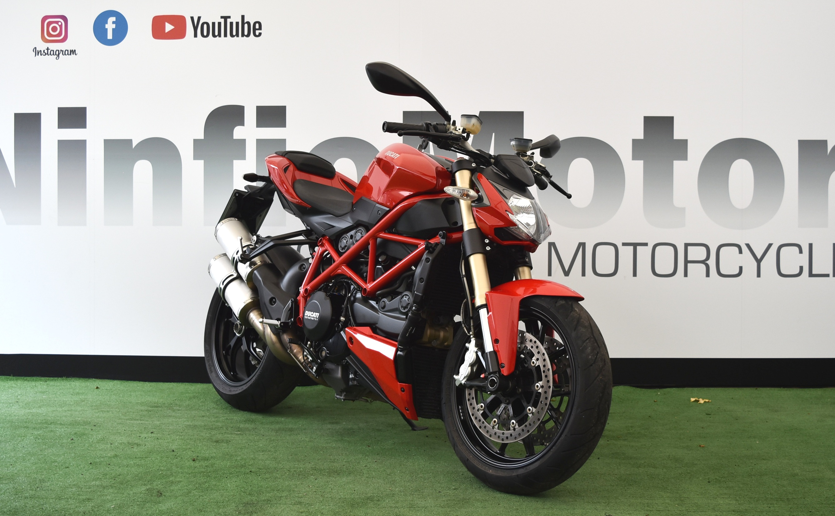 DUCATI STREETFIGHTER 848 – 2012 RED