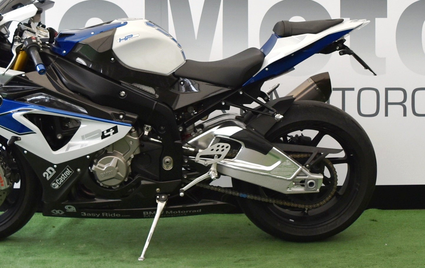BMW HP4 – 2014