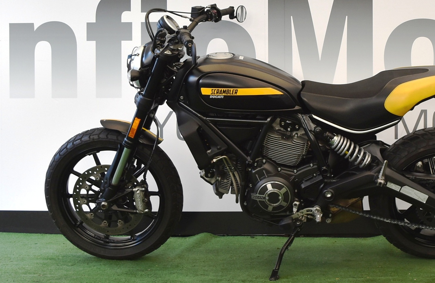 DUCATI SCRAMBLER FULL THROTTLE 800 – 2017